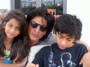 Shahrukh Khan with his daughter Suhana and son Aryan