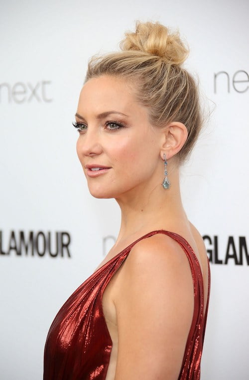messy bun kate hudson