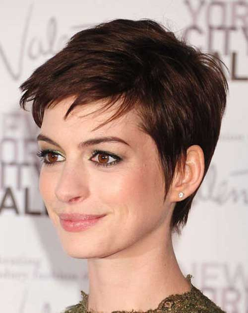 messy pixie anne hathaway