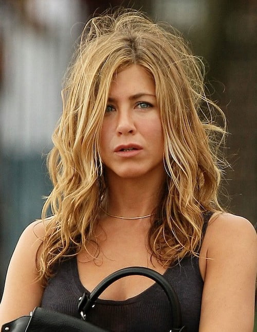 messy waves jennifer aniston