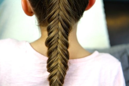reverse fishtail braid