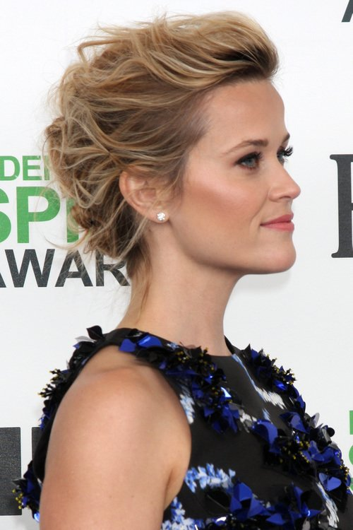 textured coif reese witherspoon