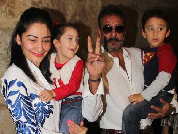 Sanjay Dutt family pictures