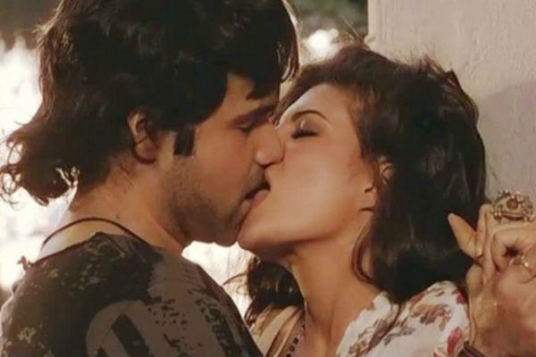 Aashiq banaya aapne emraan hashmi sexy music - 1 1