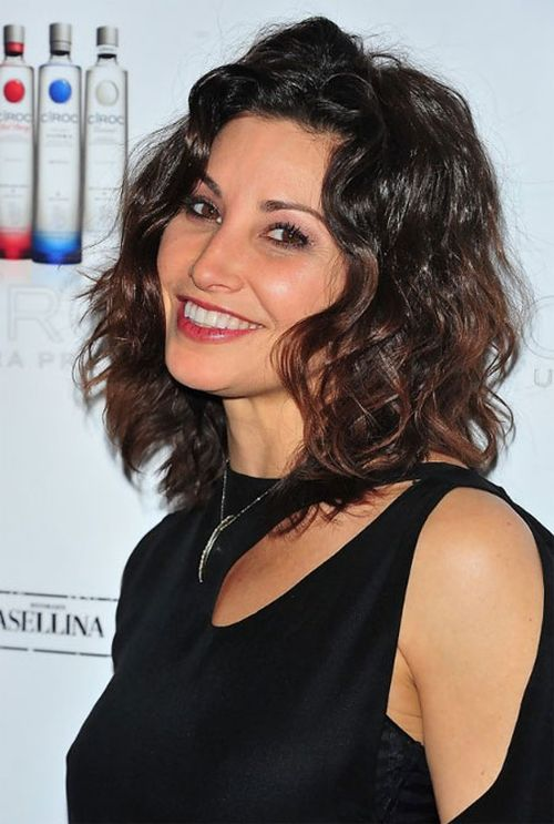 Gina Gershon short hair