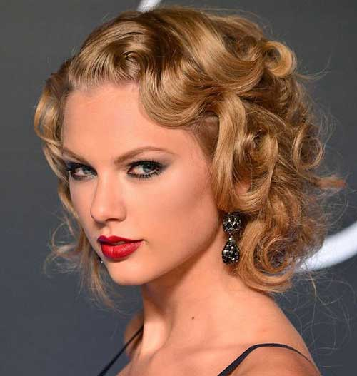 taylor swift beautiful curls