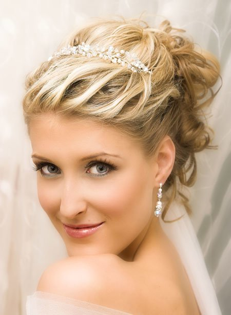 short blonde wedding hair