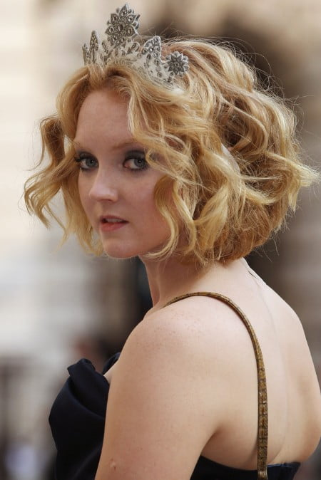 wavy bob hairstyle for wedding