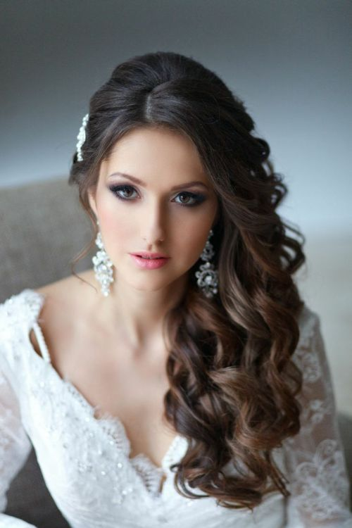 Side Swept Curly Hair for Wedding