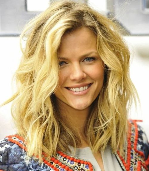 75 cute cool hairstyles for girls for short long medium hair tousled medium length haircut urmus Choice Image