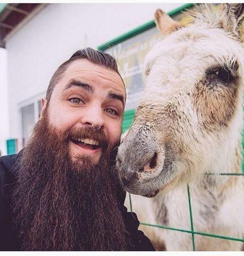 Extreme Long Full Beard