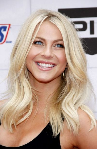Bleach blonde hairstyle