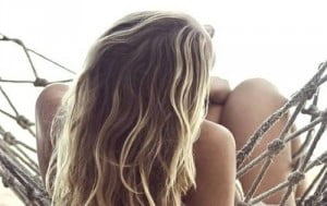 45 Beach Blonde Hairstyles You Can Try All-year Round