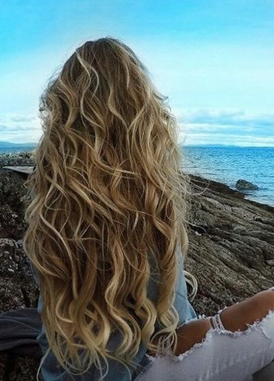 curly beach balayage hair