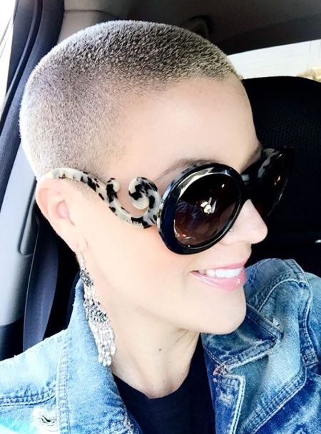 Full buzzcut for women