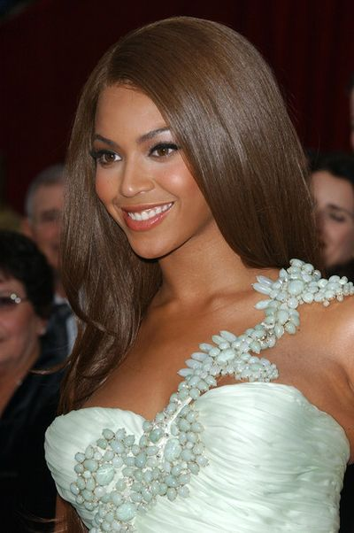 Beyonce with chocolate brown hair
