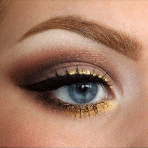 gold eye liner highlights