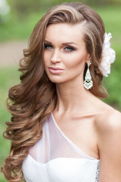 wedding side part root lift hair