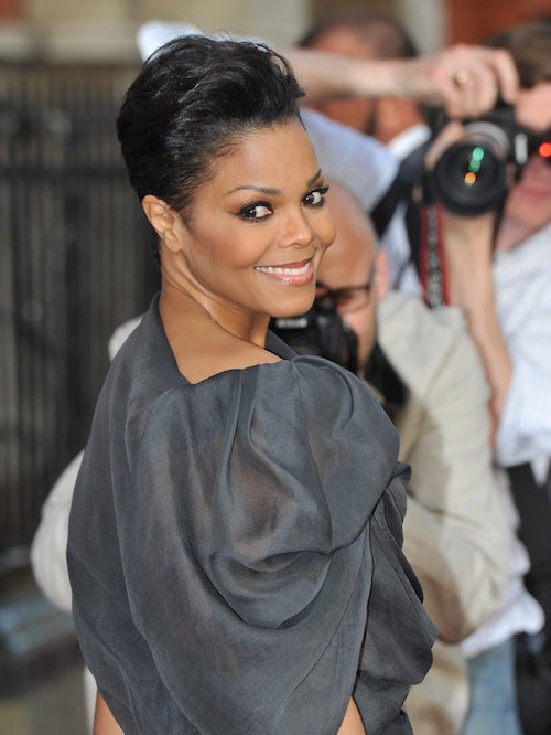 janet jackson bird hair