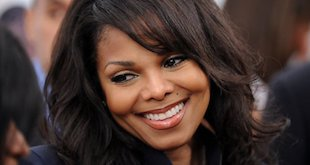 Janet Jackson Hairstyles – 37 Most Appreciated Hairdos of All Time