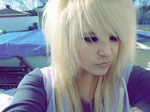 emo haircut blonde bangs