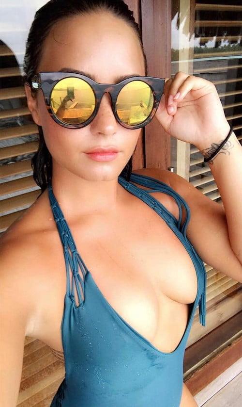 demi lovato boob job 2017 after photo