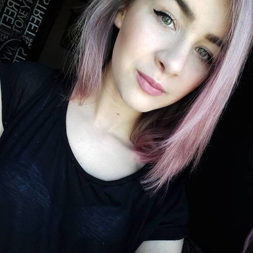 short straight dusty pink hair color
