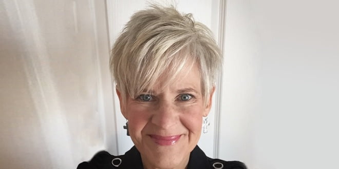 75 Short Hairstyles For Women Over 50. Best & Easy Haircuts