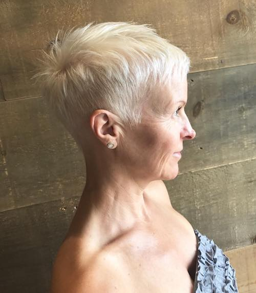 short blonde hair color for women over 50