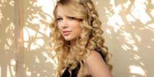 Taylor Swift Plastic Surgery Mystery SOLVED!