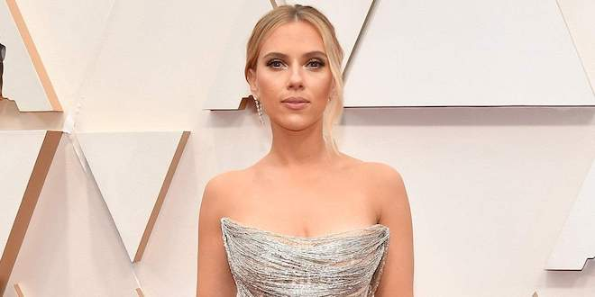 Scarlett Johansson Plastic surgery – Breast Reduction Before & After 2020