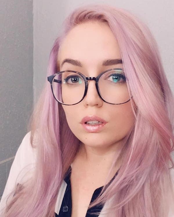 bubble gum hair color