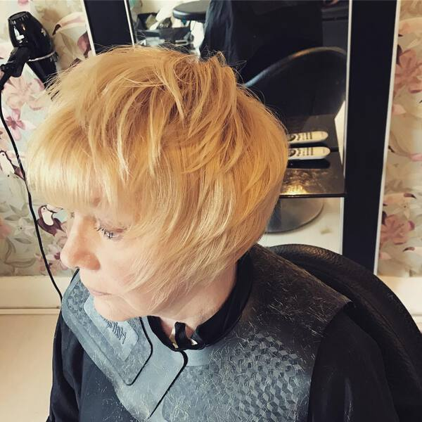 Feathered Bob for Blondes Over 50